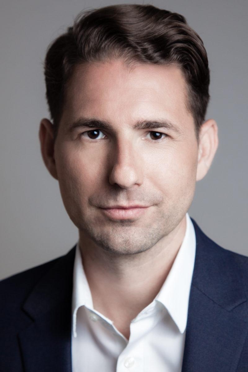 PR Direktor Dr. Jan Seewald