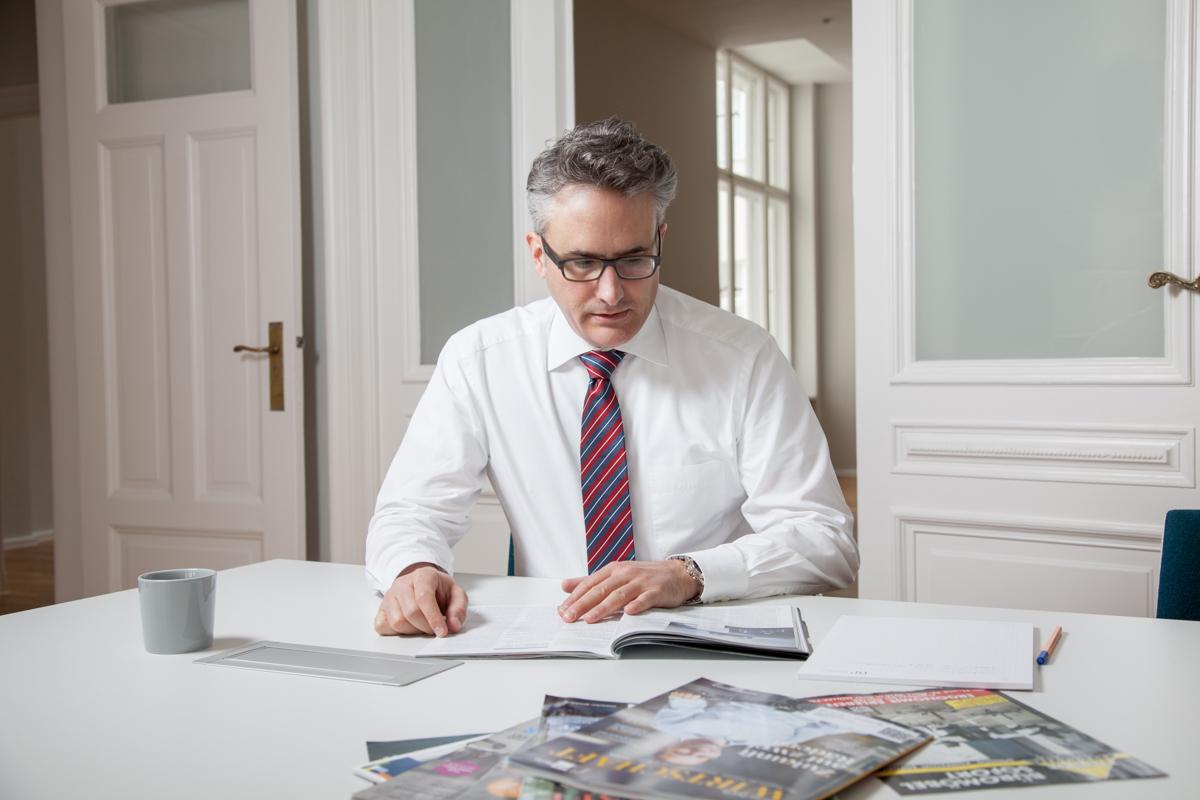 Marc Bockshecker für B&P Unternehmensberatung Unternehmensfotografie